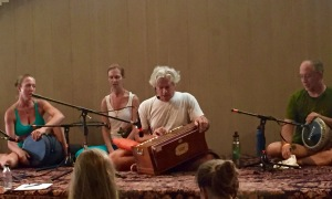 Chanting the Hanuman Chalisa with Tim Miller
